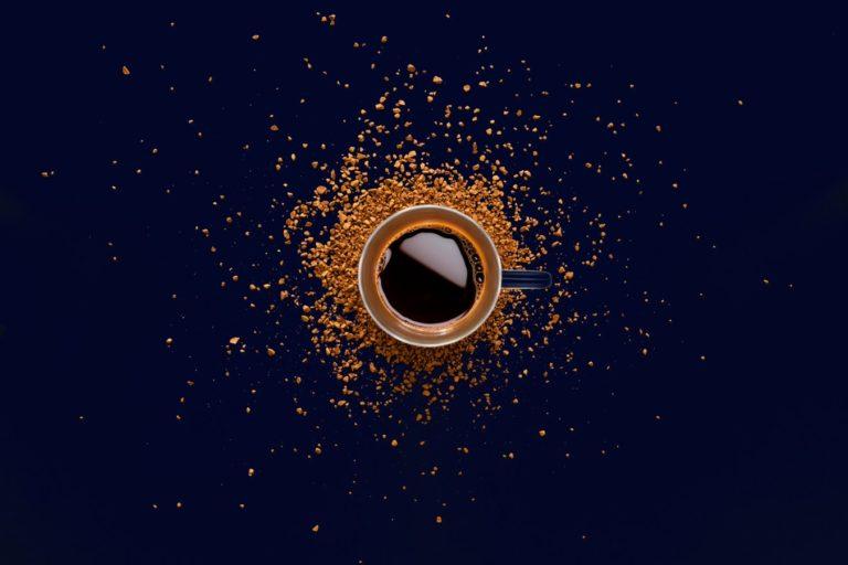 Kawa na ławę