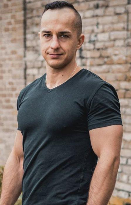 Adrian Gnieździński